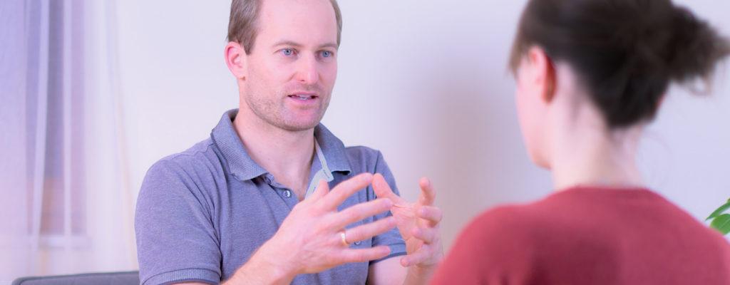 Gespräch Dr. Rumpf mit Patientin